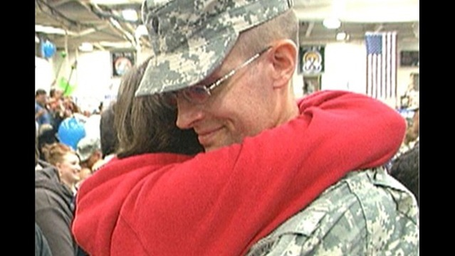 300 Fort Drum Soldiers come home