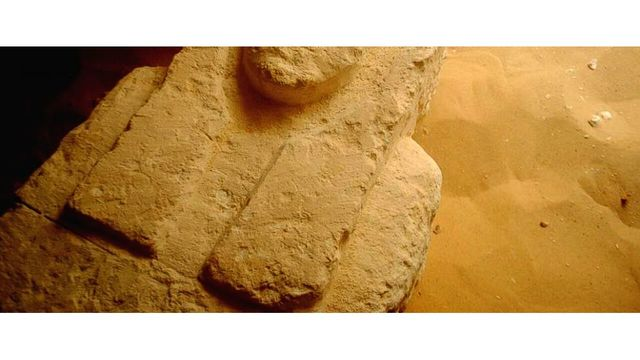 Archaeologists discover three ancient tombs in Egypt — BBCI