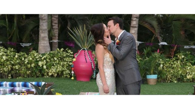 Carly And Evan Wedding.Bachelor In Paradise What To Expect From Carly Waddell And Evan